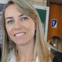 Elisângela Bueno