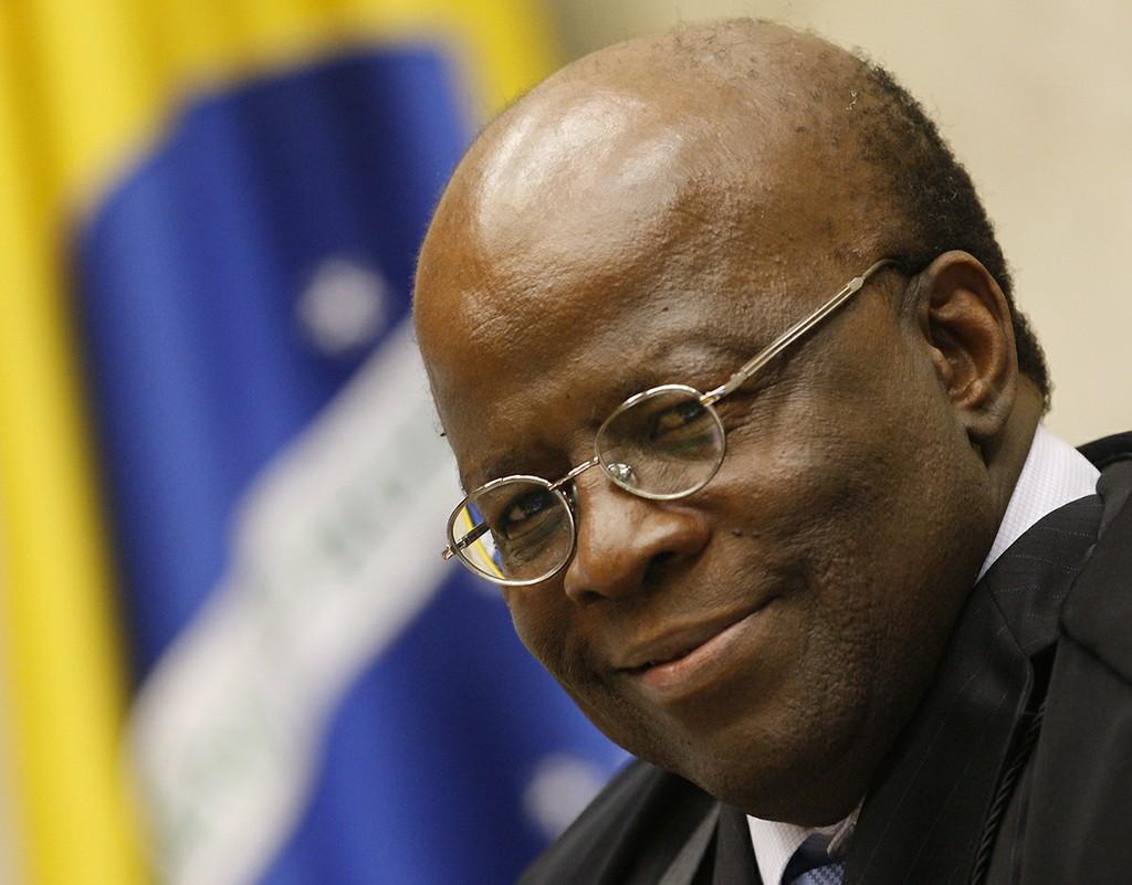 Publicada hoje 31 aposentadoria do ministro Joaquim Barbosa - veja um pouco da sua histria e legado