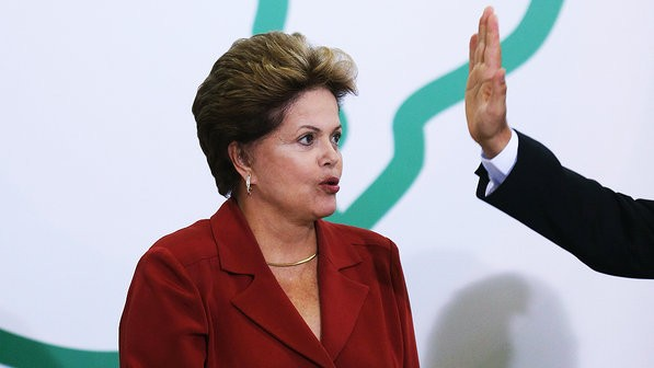 Partidos tentam barrar decreto bolivariano de Dilma