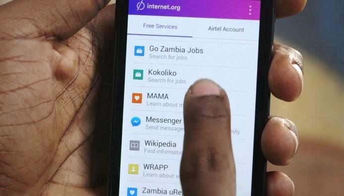 O acesso gratuito a servios de Internet no celular deve acabar Entenda o que est em jogo